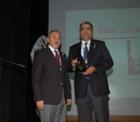 """Konuk'a ZMO'dan ''Yılın Özel Ödülü""""."""