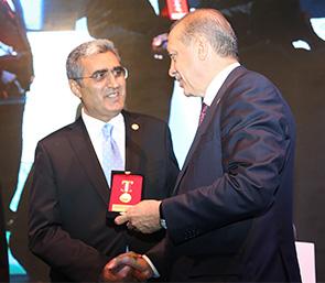 Türk Kızılayı'ndan Konya Şeker'e Altın Madalya